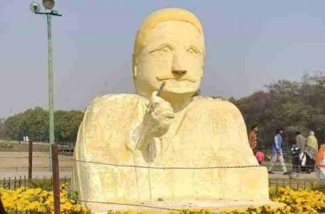 Allama Iqbals sculpture  becomes the subject for memes