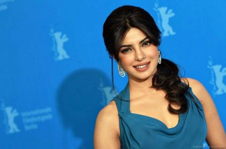 Priyanka Chopra reveals filmmaker advised her to 'fix her jaw'